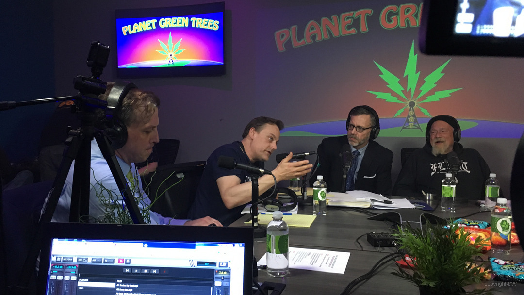 Planet Green Trees Radio 420th Episode-KLAW-DW032